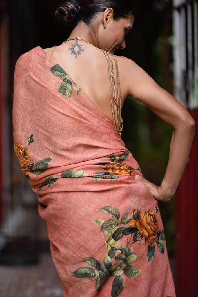 Koshi, Organic Linen Saree in a beautiful Botanical Print - kinchecom