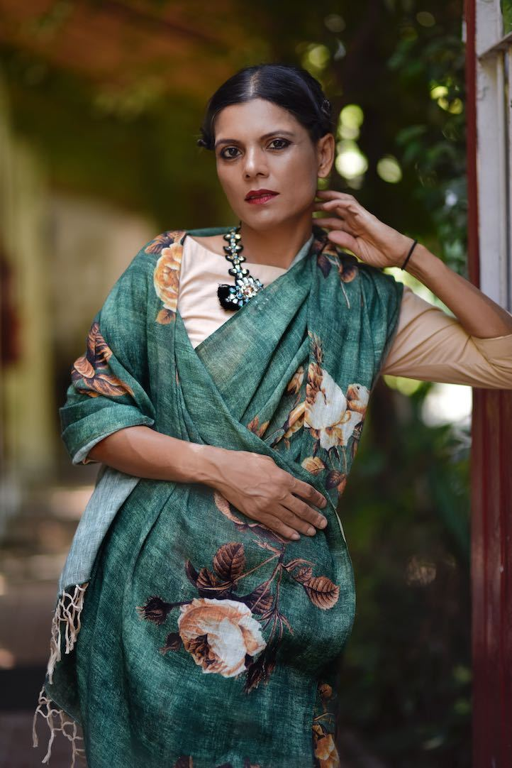 Tigris, Organic Linen Emerald Color Saree with a Floral Print - kinchecom