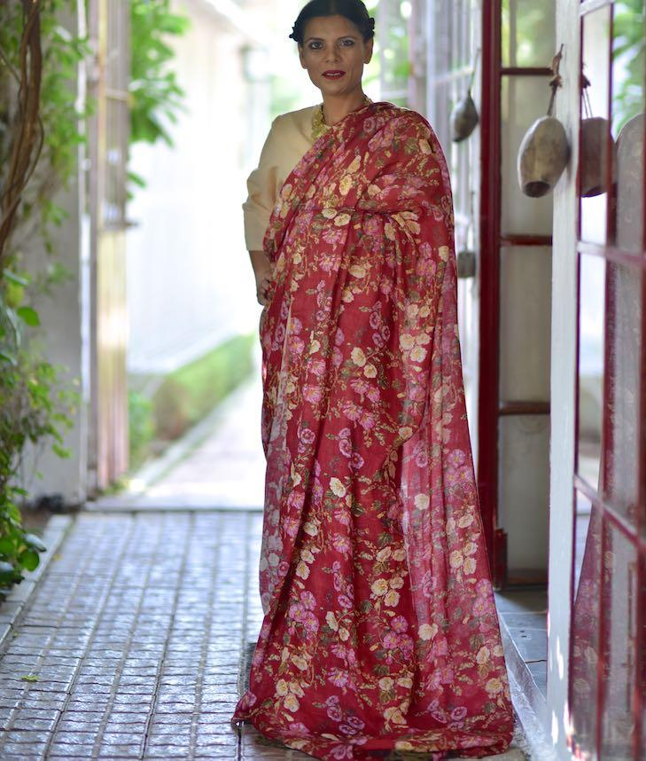 Reva, Organic Linen Saree in Deep Red Color, AZO Free printed - kinchecom