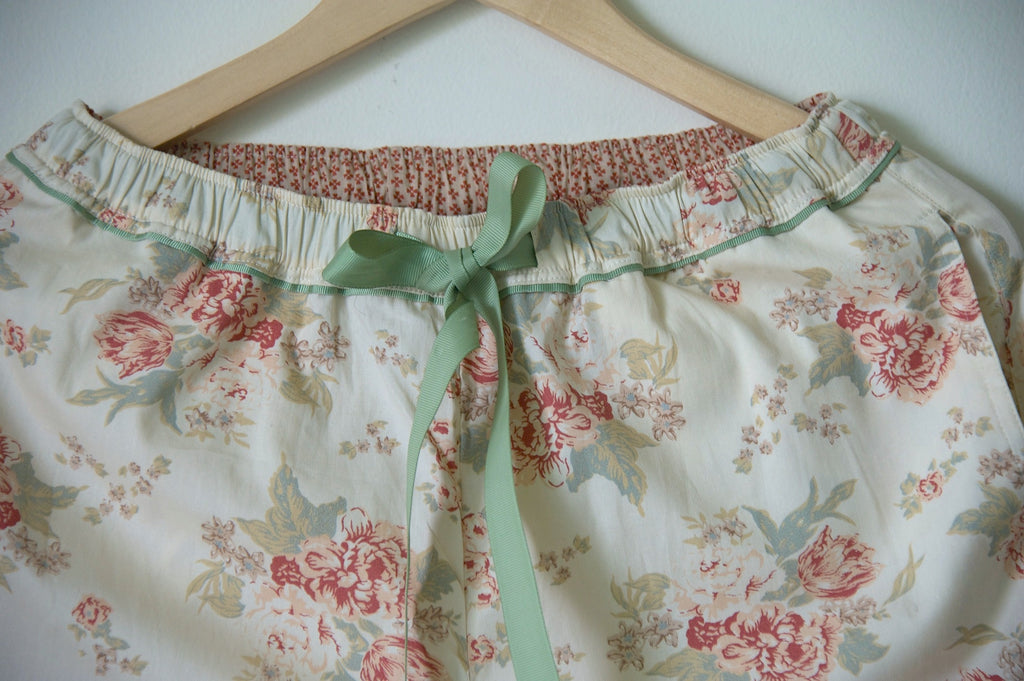 Eartha, Off White with Dark Pink Rose Print & Sage Green leaves - kinchecom