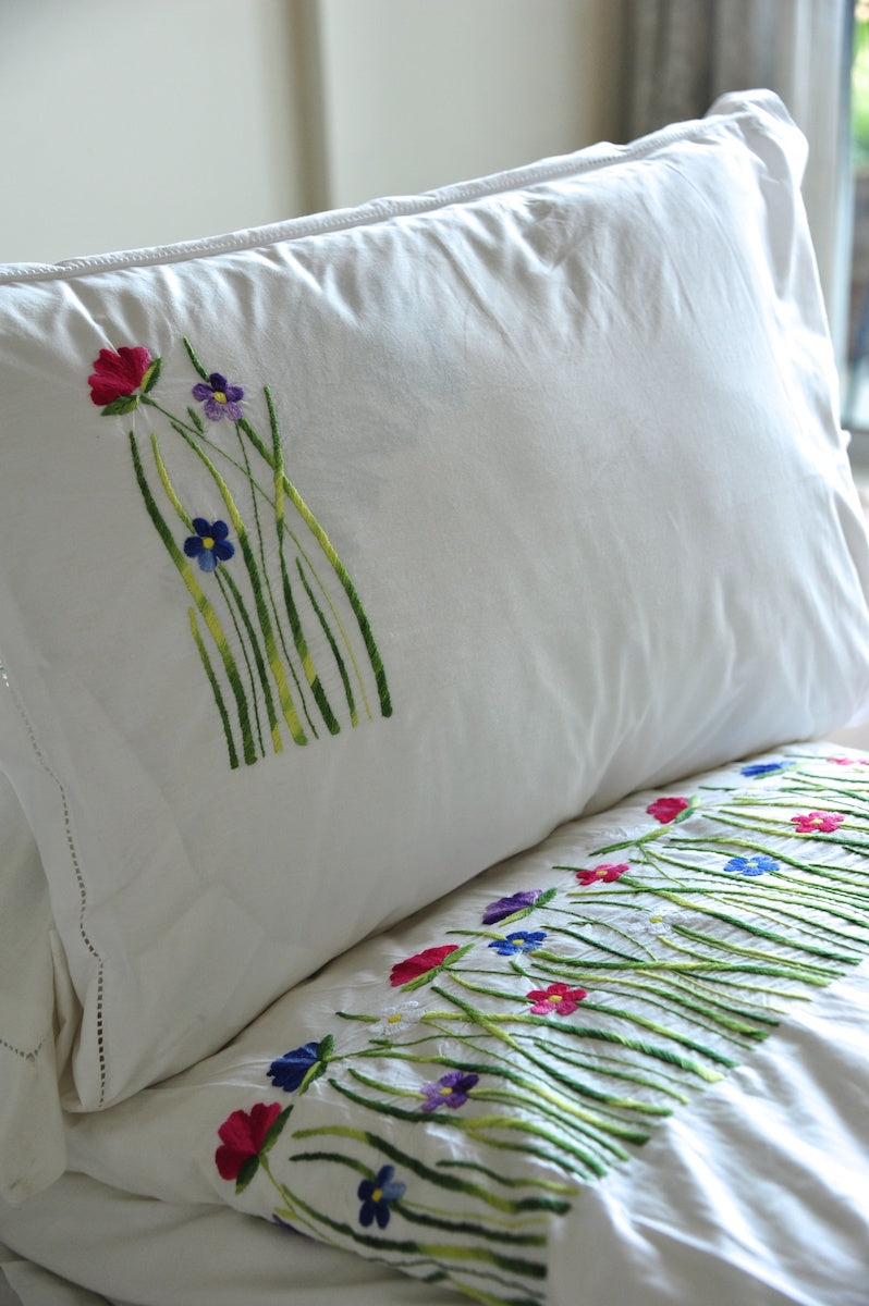 Hand Embroidered Floral Duvet Cover, at hem, Multicolor Tulip Flowers - kinchecom