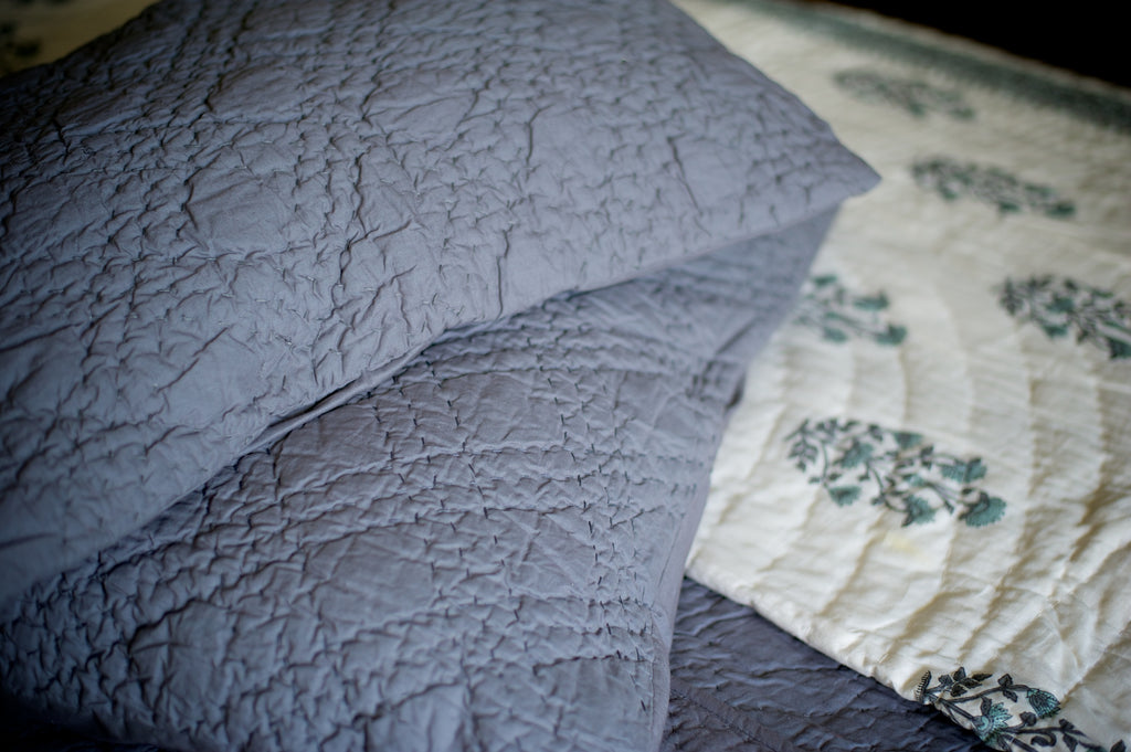 Nottingham, Hand Quilted Diamond Pattern Grey Quilt 98x92 Inches, Queen Size - kinchecom