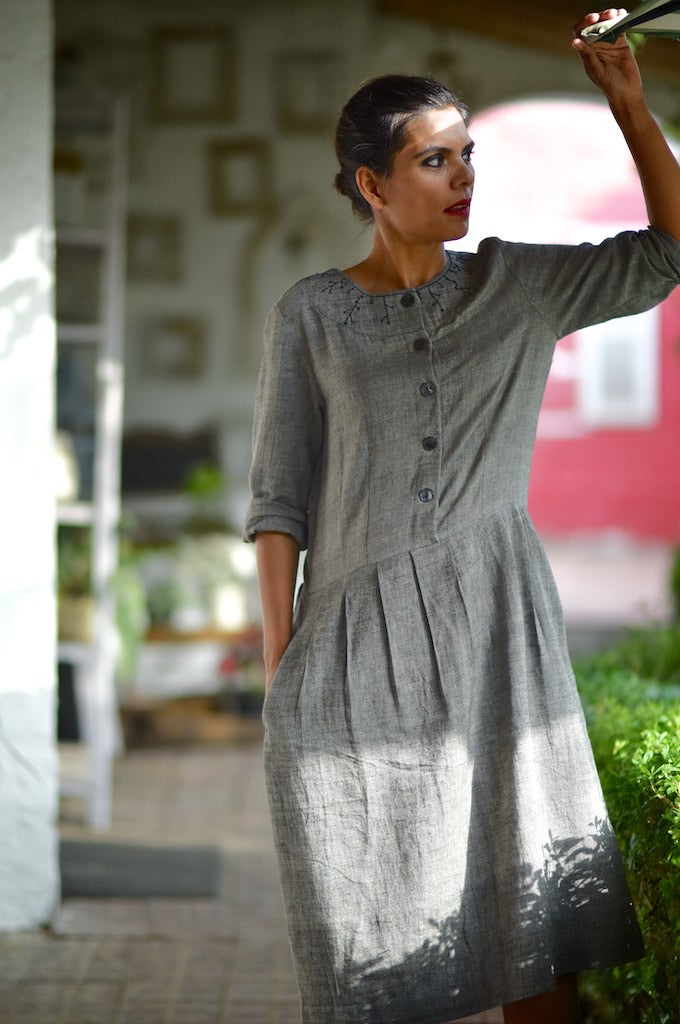 Mishima, Organic Kala Cotton Dark Grey Dress with Hand Embroidery - kinchecom