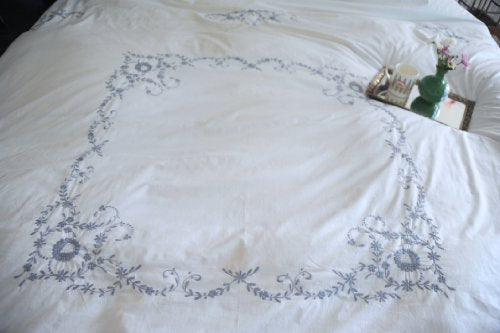 "Vintage Cutwork Pattern, Grey on White Hand Embroidered Duvet Cover King Size 102x98"" - kinchecom"