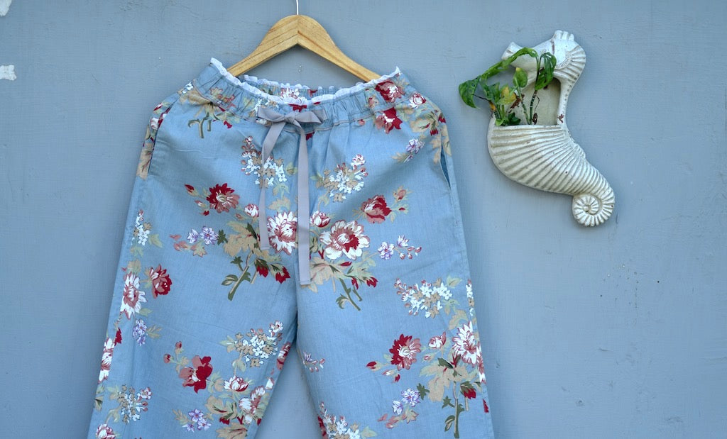 Kiri Handmade Grey and Maroon Floral Print jammies with lace Finishing - kinchecom