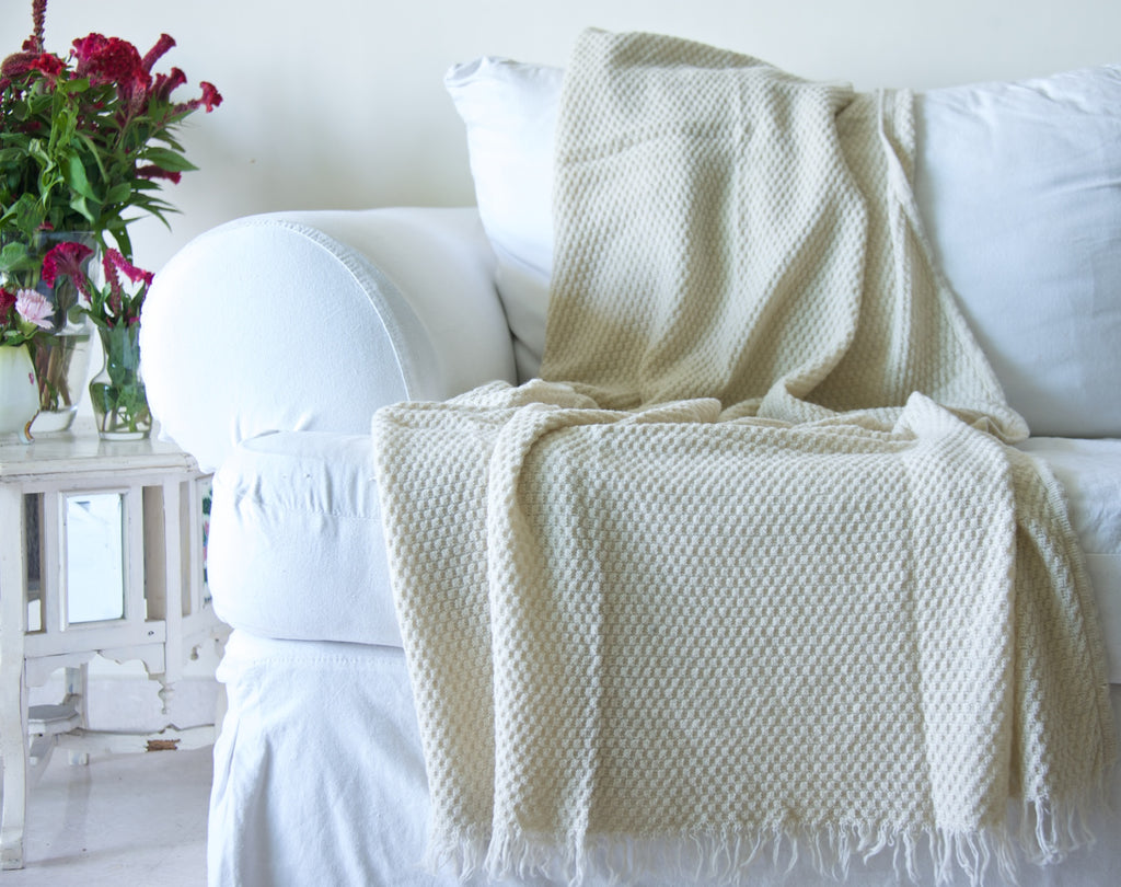 Brizo, Pure Wool, Angora Knitted Fringed Throw/ Blanket 50X70 inches