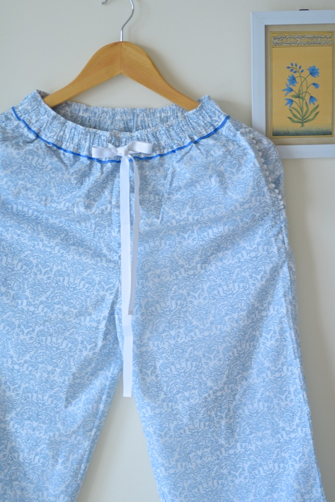 Ila, White and Blue Floral Print jammies with Pom Poms - kinchecom