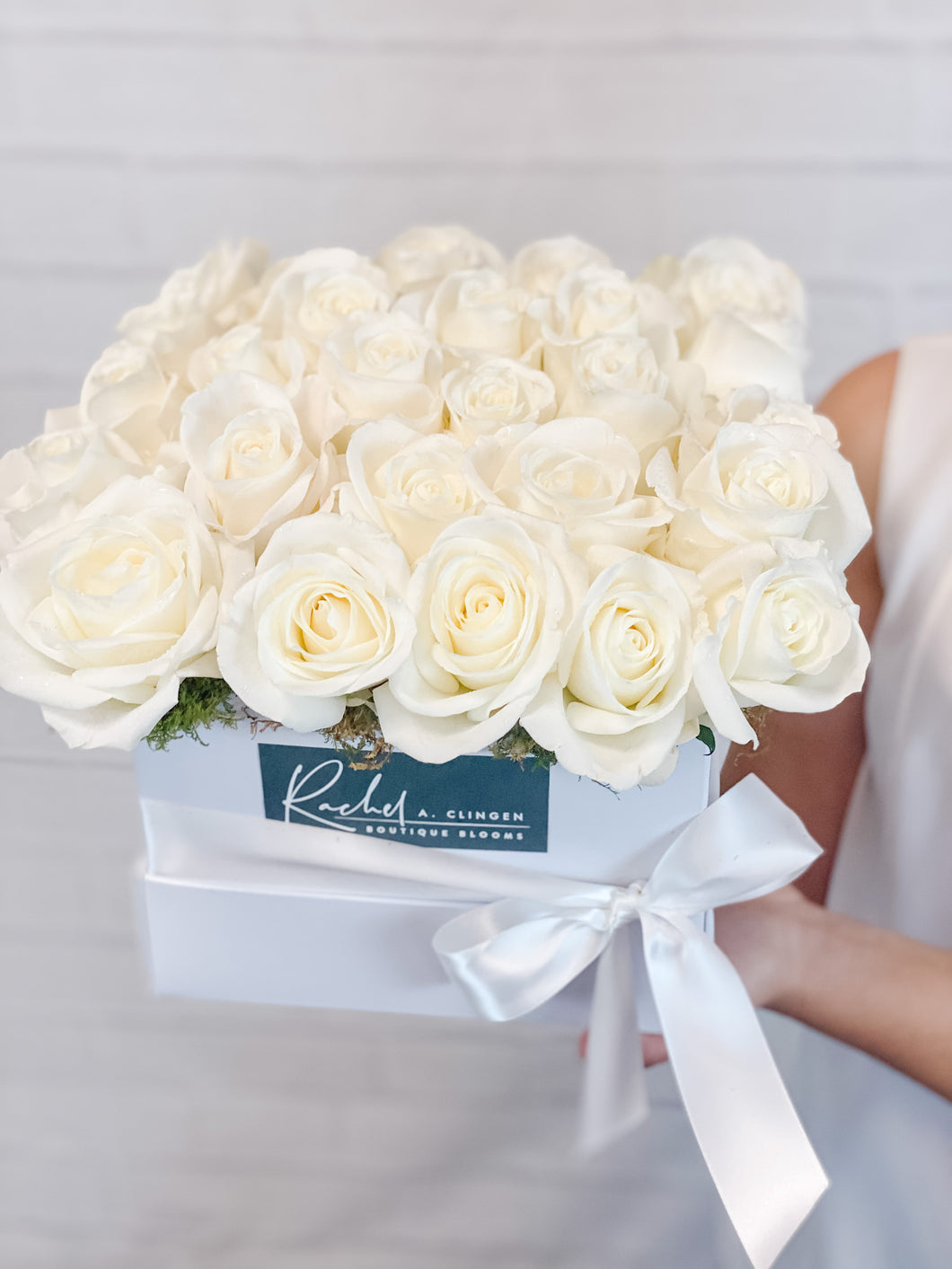 Luxury White Rose Box