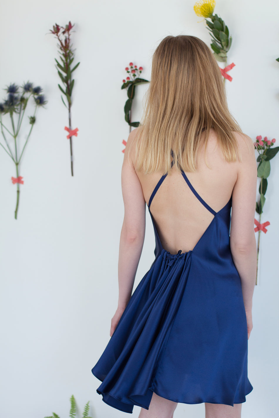 Frivolo Dress in seta pura blu