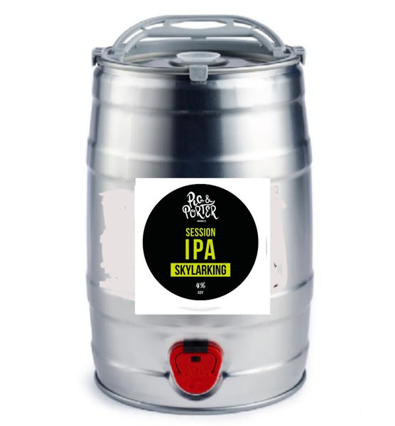 Pig & Porter. Skylarking session IPA 4.0% (5 litre mini cask)