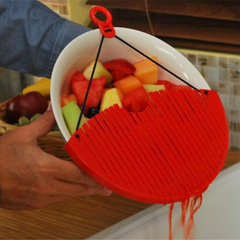 EXPANDABLE STRAINER WITH MULTIPLE FUNCTIONS