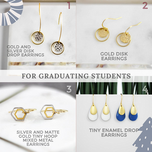 Gift Ideas: For the Graduating Students