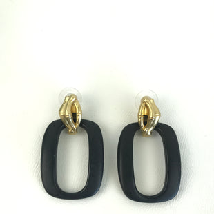 Primary Photo - BRAND:    CLOTHES MENTOR STYLE: EARRINGS COLOR: BLACK OTHER INFO: O SHAPED DANGLE HELD BY GOLD SKU: 164-164140-16664