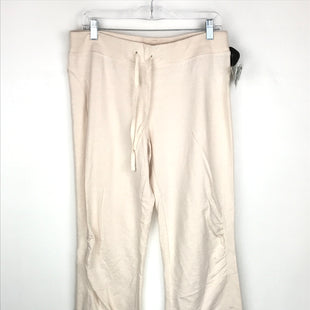 Primary Photo - BRAND: GAPFIT STYLE: ATHLETIC CAPRIS COLOR: CREAM SIZE: M OTHER INFO: NEW! SKU: 164-164140-16546