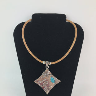 Primary Photo - BRAND:    CLOTHES MENTOR STYLE: NECKLACE COLOR: SILVER OTHER INFO: CORK NECKLACE WITH SQUARE PENDANT SKU: 164-164140-16592