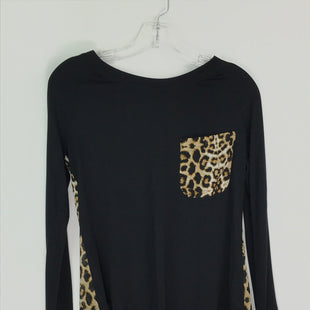 Primary Photo - BRAND: VENUS STYLE: TOP LONG SLEEVE COLOR: ANIMAL PRINT SIZE: S SKU: 164-164175-5298