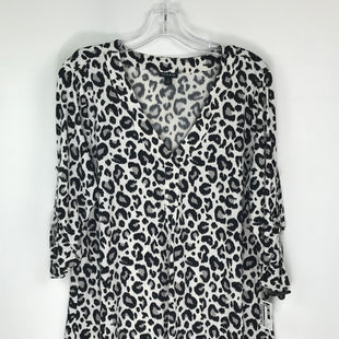 Primary Photo - BRAND: TORRID STYLE: TOP SHORT SLEEVE COLOR: BLACK WHITE SIZE: XL SKU: 164-164185-1030
