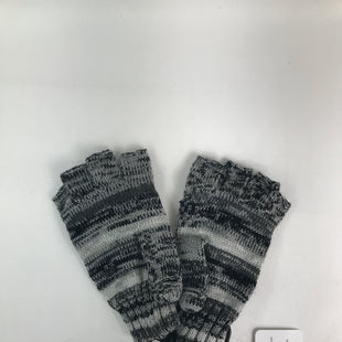Primary Photo - BRAND: EXPRESS O STYLE: GLOVES COLOR: GREY SKU: 164-164140-14439