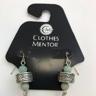 Primary Photo - BRAND:    CLOTHES MENTOR STYLE: EARRINGS COLOR: MINT OTHER INFO: SILVER, GREEN BEARDS SKU: 164-164140-11347
