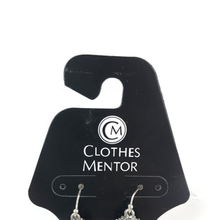 Primary Photo - BRAND:    CLOTHES MENTOR STYLE: EARRINGS COLOR: SILVER OTHER INFO: SPHERE RHINSTONES SKU: 164-164175-4908