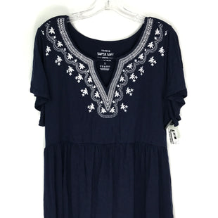 Primary Photo - BRAND: TORRID STYLE: TOP SHORT SLEEVE COLOR: NAVY SIZE: XL SKU: 164-164185-1031