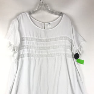 Primary Photo - BRAND: OLD NAVY STYLE: TOP SHORT SLEEVE COLOR: WHITE SIZE: 2X SKU: 164-164175-5255