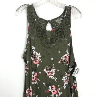 Primary Photo - BRAND: TORRID STYLE: TOP SLEEVELESS COLOR: OLIVE SIZE: XL OTHER INFO: SZ 1 FLORAL SKU: 164-164196-364