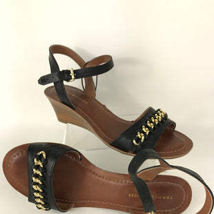 Primary Photo - BRAND: TOMMY HILFIGER STYLE: SANDALS LOW COLOR: BLACK SIZE: 7 SKU: 164-164175-4704