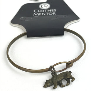 Primary Photo - BRAND:    CLOTHES MENTOR STYLE: BRACELET COLOR: BRONZE OTHER INFO: BAYLOR BEAR SKU: 164-164140-13297