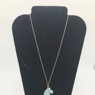 Primary Photo - BRAND:    CLOTHES MENTOR STYLE: NECKLACE COLOR: MINT OTHER INFO: LONG, GOLD SKU: 164-164140-16830