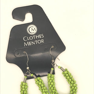 Primary Photo - BRAND:    CLOTHES MENTOR STYLE: EARRINGS COLOR: GREEN OTHER INFO: BEADS SKU: 164-164189-640