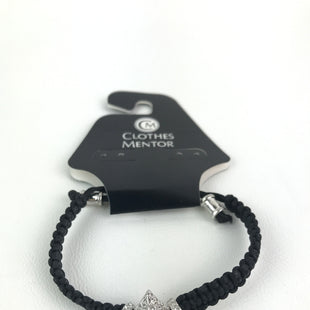Primary Photo - BRAND:    CLOTHES MENTOR STYLE: BRACELET COLOR: BLACK SKU: 164-164140-16471