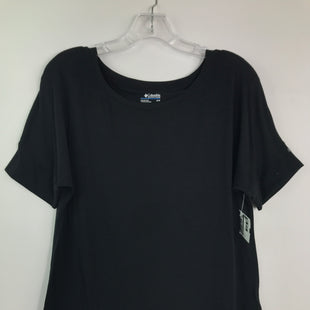 Primary Photo - BRAND: COLUMBIA STYLE: TOP SHORT SLEEVE BASIC COLOR: BLACK SIZE: M SKU: 164-164175-5237