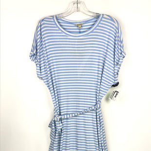 Primary Photo - BRAND: LILY WHITE STYLE: DRESS SHORT SHORT SLEEVE COLOR: BLUE WHITE SIZE: M OTHER INFO: STRIPED KNIT SKU: 164-164196-220
