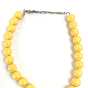 Primary Photo - BRAND:    CLOTHES MENTOR STYLE: NECKLACE COLOR: YELLOW OTHER INFO: YELLOW BEADS SKU: 164-164185-336