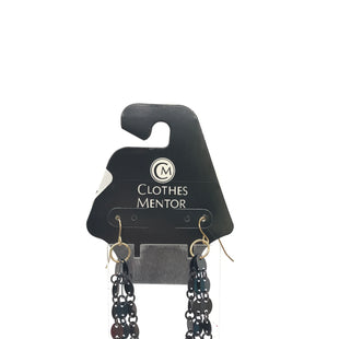 Primary Photo - BRAND:    CLOTHES MENTOR STYLE: EARRINGS COLOR: BLACK OTHER INFO: DANGLE SKU: 164-164185-368