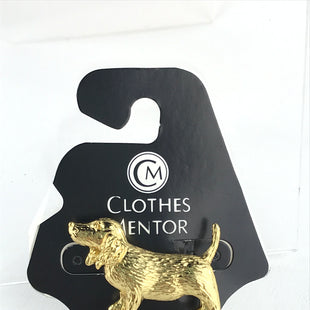 Primary Photo - BRAND:    CLOTHES MENTOR STYLE: PIN COLOR: GOLD OTHER INFO: DOG - SKU: 164-164136-19997