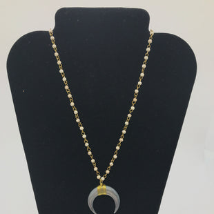 Primary Photo - BRAND:    CLOTHES MENTOR STYLE: NECKLACE COLOR: CREAM OTHER INFO: CRESCENT SILVER MOON SKU: 164-164185-376