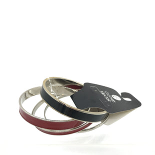 Primary Photo - BRAND: MUDPIE STYLE: BRACELET COLOR: RED BLACK SIZE: 04 PIECE SET SKU: 164-164180-2284