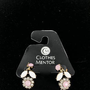 Primary Photo - BRAND:    CLOTHES MENTOR STYLE: EARRINGS COLOR: PINK OTHER INFO: FLOWERS SKU: 164-164185-184