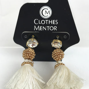 Primary Photo - BRAND:    CLOTHES MENTOR STYLE: EARRINGS COLOR: WHITE OTHER INFO: TASSELS SKU: 164-164140-13299