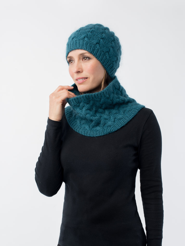 Shibui Knits Rise Cable Hat & Cowl (Drift + Silk Cloud)