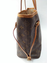 Load image into Gallery viewer, Preloved Louis Vuitton Neverfull MM Monogram