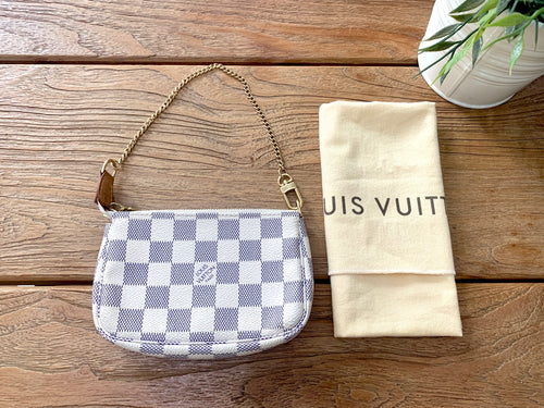 Preloved Louis Vuitton Pochette Azur