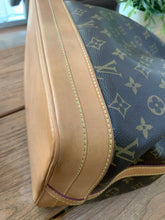 Load image into Gallery viewer, Louis Vuitton Preloved Noe Monogram Preloved