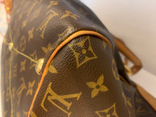 Load image into Gallery viewer, Louis Vuitton Tivoli GM Preloved