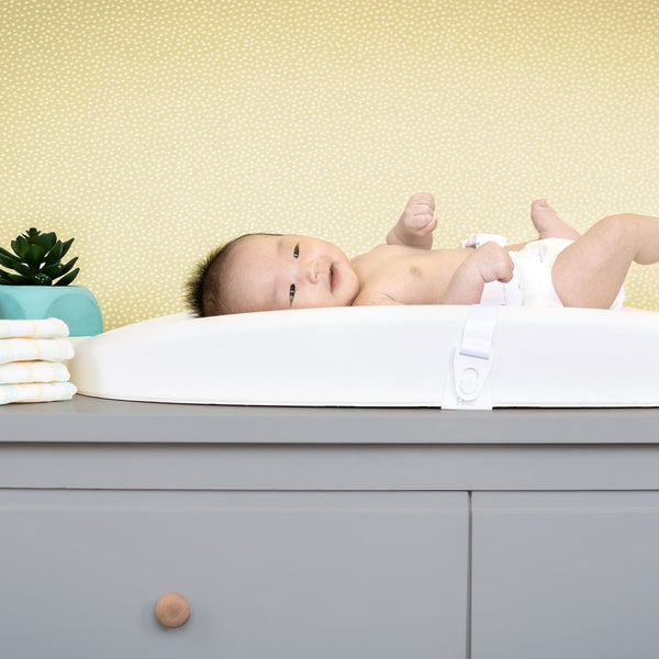 Hatch Grow Smart Changing Pad & Scale- White