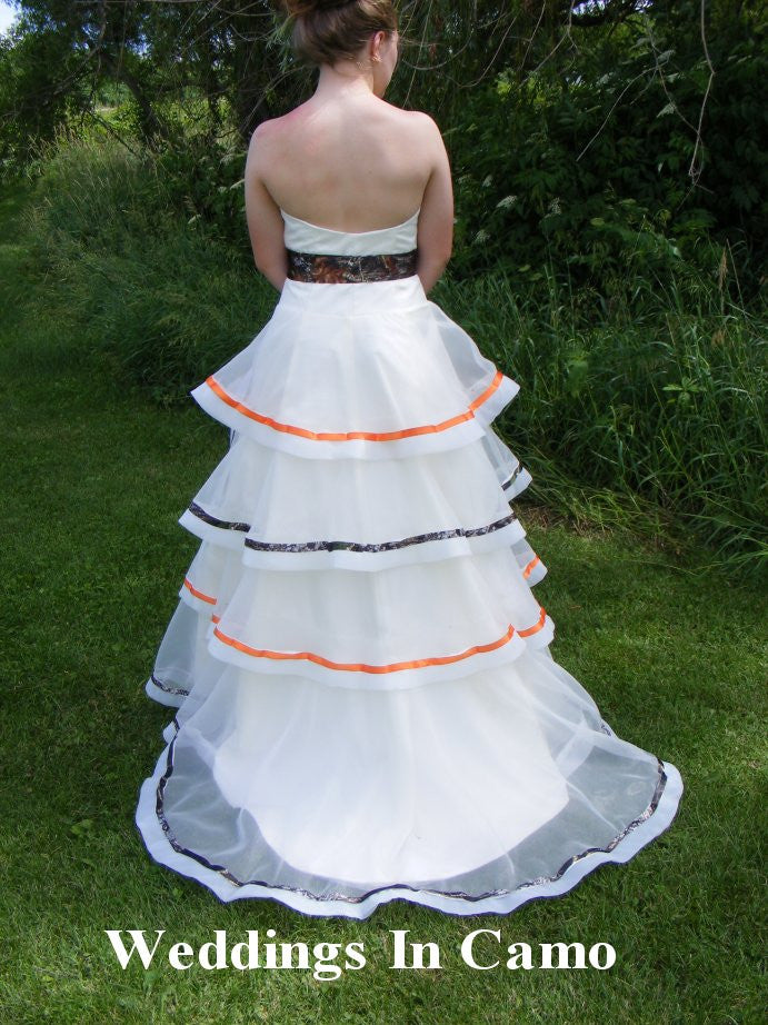 b595a6733cf7e COUNTRY WEDDING DRESS+Camo accents+Rustic Country Wedding Dress