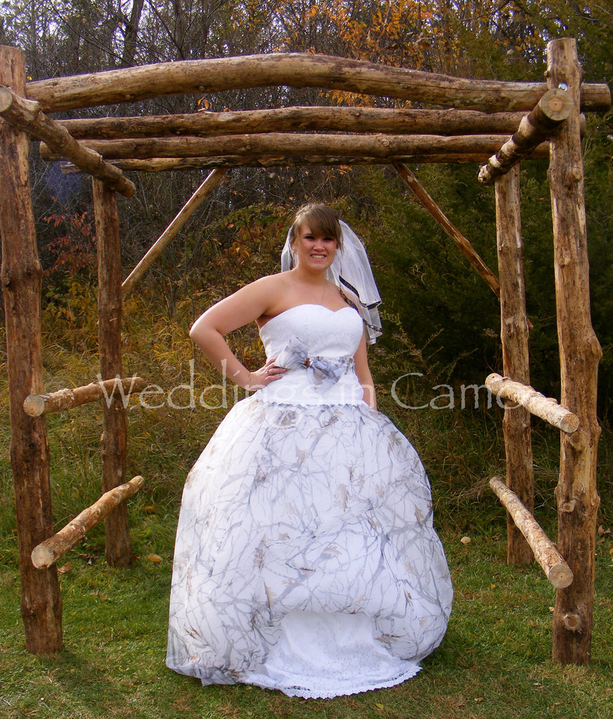 CAMO WEDDING dress+SNOWFALL with Pickups and Corset