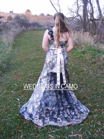 BARN Wedding+CAMO Dress trumpet style+ZIPPER back+ Flare bottom and train sizes 2 to 14